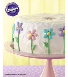 Mother's Day Dessert - Floral Iced Angel Food Cake Recipe from @Wilton Cake Decorating #livelovebake