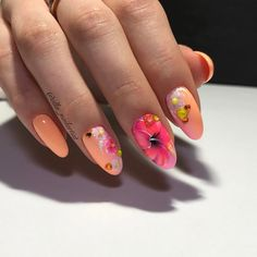 . Floral Nail Art, Summer Nails, Nailart, Instagram Posts, Catalog, Finger Nails, Nail Art, Summery Nails, Brochures