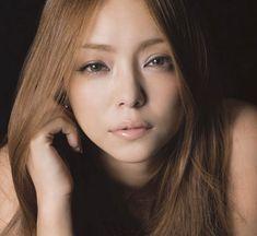 love the makeup, Esprique kose (Namie Amuro) Naha, Blonde Asian, Prity Girl, Famous Singers, Japanese Models, Japanese Beauty, Cute Woman, Asian Woman, Her Hair