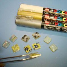 プラバンのピアスはとっても簡単! 自分の好きなマスキングテープを選んで貼るだけ! こんなに簡単なのにとっても可愛いピアスができてしまいます♪