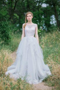 Tulle wedding gown // Gardenia by CarouselFashion on Etsy