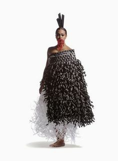 Wearable Art: 'Mana Uha' by Olivia Hall World Of Wearable Art, Flax Weaving, Feather Cape, Maori People, Maori Designs, New Zealand Art, Nz Art, Maori Art, Kiwiana