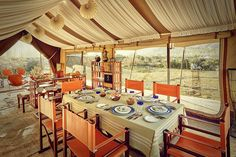 The communal dining area in the Diskit camp means you get a chance to mingle…