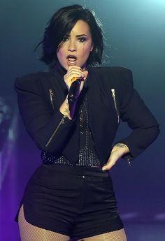 demi lovato 2015   Demi Lovato Performs at the Crowne Theatre in Perth, Australia, April ...