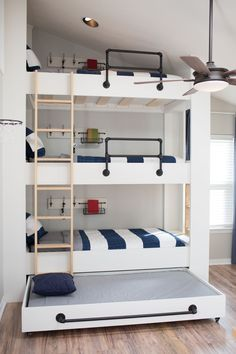"40 Cute Triple Bunk Bed Design Ideas For Kids Rooms To Have - Many of us who grew up in the ""old days"" have very fond memories of life in bunk beds. Whether you shared your room with your brother or sister or fir. Bunk Bed Diy, Bunk Beds Small Room, Bunk Bed Rooms, Bunk Bed Plans, Bunk Beds Built In, Cool Bunk Beds, Bunk Beds With Stairs, Kids Bunk Beds, Triple Bunk Beds Plans"