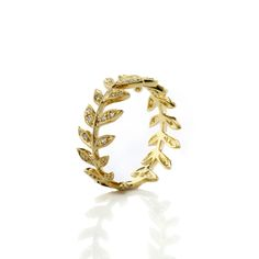 Yellow Gold Leaf Wre