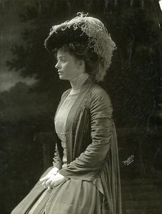 carolathhabsburg:    Maude Adams by le beau monde on Flickr.