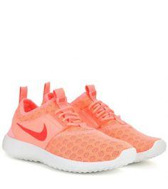 Sneakers Nike Womens Juvenate