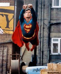 DC Comics in film - 1980 - Superman II - Christopher Reeve as Superman Superman Pictures, Superman Artwork, Superman Movies, Superman Family, Comic Movies, Superhero Movies, Christopher Reeve Superman, Wonder Woman Y Superman, Superman Man Of Steel