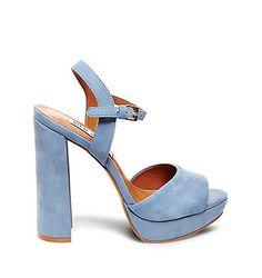 Fashion shoes heels sandals steve madden 46 New Ideas Light Blue Shoes, Blue High Heels, Platform High Heels, Sandals Platform, Heeled Sandals, Trendy Shoes, Our Lady, Steve Madden Shoes, Womens High Heels