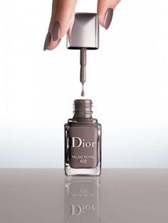 Dior presenta la linea Vernis Couture Effet Gel
