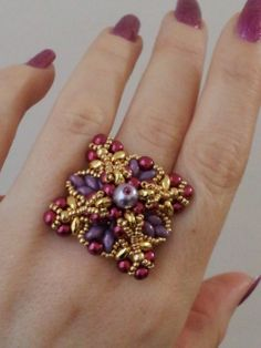 Beauty Queen ring  with pearls by Perline e Bijoux (by Simona Svezia)