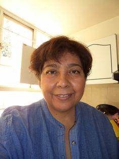 Consuelo Barragán Flores : Mujer