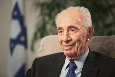 Die Welt trauert um Shimon Peres: Der israelische Friedensnobelpreisträger, ehemalige Staatschef und Ministerpräsident ist im Alter von 93 Jahren in einem Krankenhaus nahe Tel Aviv gestorben.