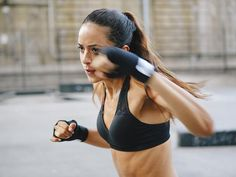 9 Boxing Mistakes That Stop You Maximising Your Workout - Women's Health http://www.womenshealthmag.co.uk/fitness/ultimate-fitness-guides/4017/9-boxing-mistakes-that-stop-you-maximising-your-workout/