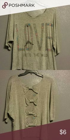 Hippie love shirt Super soft shirt with a cute back! Comes from a smoke free home. Rue 21 Tops Tees - Short Sleeve