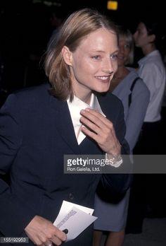 Новости фото : актриса Джоди Фостер посещает широкая 'закрытыми глазами'...