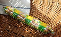 Suomalaisten rakastama, perinteinen munavoi nyt valmiina nautittavaksi! Lisäaineeton ja laktoositon munavoi on helposti levittyvää, pehmeää ja valmistettu aidoista suomalaisista raaka-aineista - kananmunista ja laktoosittomasta voista. Laitilan Kanatarhan Munavoi maistuu herkulliselta, perinteisen munavoin aito maku! Koko 180 g. Kananmunat ovat Laitilan Kanatarhan perhetiloilta.