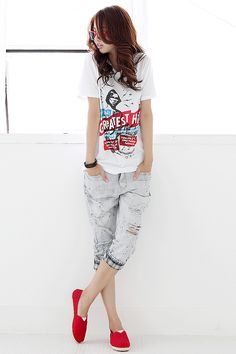 http://somethingpinteresting.blogspot.co.uk/ Women's Fashion! Please Like And Repin