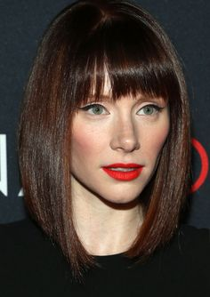 Can you do orangey-red lips with rosy cheeks AND cat-eye liner? Bryce Dallas Howard did, and I've got the products!