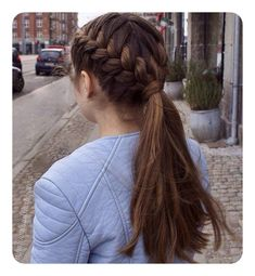 French braid hairstyles are very trendy and fashionable. In different hairstyles, it is best to choose a hairstyle suitable for hair texture and length. French braid hairstyles are also the eternal classic hairstyle, Two French Braids, French Braid Ponytail, French Braid Hairstyles, Braids Into Ponytail, French Braid Styles, Long Ponytails, Long Hair Ponytail Styles, Short Ponytail, Dutch Braids