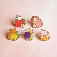 Hard enamel pin with rose gold plating.Pins are with rubber fastenings. For more information about pin grading, please refer to my Enamel Pin Quality Guide. Bag Pins, Pokemon, Pin Art, Hard Enamel Pin, Cool Pins, Metal Pins, Pin And Patches, Cute Jewelry, Lapel Pins