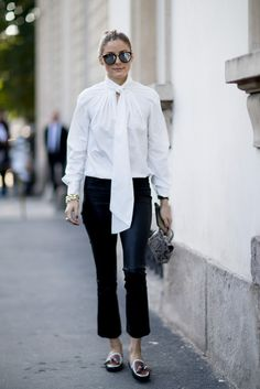 """With the end of the MFW there's just one fashion week left to complete the fashion month. The street style outfits – all extremely elegant – worn in Milan had a """"fall vibe"""" to them. Printemps Street Style, Milan Fashion Week Street Style, Street Style 2018, Looks Street Style, Spring Street Style, Cool Street Fashion, Estilo Olivia Palermo, Olivia Palermo Outfit, Olivia Palermo Lookbook"""