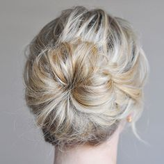 This classic midknot look is a surefire favorite: http://www.bhg.com/beauty-fashion/hair/popular-hairstyles-from-pinterest/?socsrc=bhgpin040714midknot&page=4