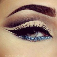 Gorgeous makeup/ False lashes/ Sexy Look/ Makeup Tutorial/ Makeup Ideas/ Foundation/ Eyes/ Lips Glitter Eye Makeup, Cat Eye Makeup, Eye Makeup Tips, Makeup Hacks, Makeup Goals, Makeup Inspo, Eyeshadow Makeup, Makeup Inspiration, Makeup Ideas