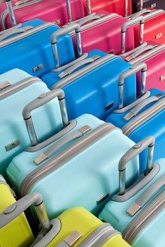 Bavul & Valiz Fotoğrafları ( my valice )  Standart Bavul & Valiz Fotoğrafları (küçük, orta ve büyük boy) Fotoğraf Çekim açıları; Küçük boy: ön, ön çapraz. Orta boy: ön, ön çapraz, yan, arka üst çapraz. Büyük boy:ön, ön çapraz. Renkler: Siyah, mürdüm, kırmızı, pembe, mavi, açık mavi, fıstık yeşil. Marka: My valice GrupBavul & Valiz Fotoğrafları Fotoğraf boy kombineleriı;Küçük,orta, …