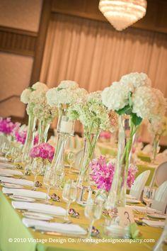 Pink and white centerpiece flowers with hydrangeas #wedding #decor