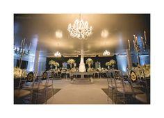 Uma bela decoração clássica para casamentos executada pelo nosso parceiro Romero Office Decor, na cidade de Linhares, interior do Espírito Santo.