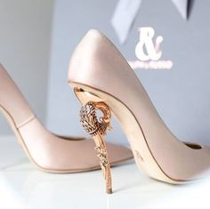 *hyperventilating* heels!!!! ralph and russo