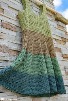 Voluminous Tank Top Crochet Pattern Looking for a lightweight, fun and flowy tank top crochet pattern? The Voluminous Tank Top is for you! This pattern ranges EIGHT sizes from XS to Crochet Cardigan Pattern, Crochet Blouse, Crochet Patterns, Sewing Patterns, Vintage Patterns, Mode Crochet, Crochet Baby, Knit Crochet, Thread Crochet