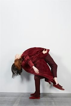 Velvet is a type of woven tufted fabric in which the cut threads are evenly distributed, whih a short dense pile, giving it a distinctive feel #redvelvet #washes #interaction #coat #autumn