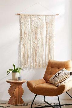 Hanging decor: macrame wall hanging
