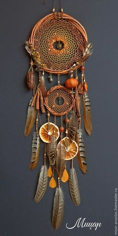 62 trendy DIY dream catchers Boho projects – De-Stress – … - Famous Last Words Diy Beauty Crafts, Diy And Crafts, Arts And Crafts, Dream Catcher Craft, Dream Catcher Boho, Dream Catcher Mobile, Los Dreamcatchers, Beautiful Dream Catchers, Receptor