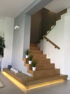 Modern Staircase Design Ideas - Stairways are so common that you do not provide a doubt. Look into best 10 instances of modern staircase that are as spectacular as they are . Apartment Entrance, House Entrance, Apartment Interior, Entrance Ideas, Hall House, Design Apartment, Entrance Hall, Entrance Lighting, Hall Lighting