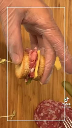 Grilled Cheese Recipes, Appetizer Recipes, Food Carving, Food Garnishes, Snacks Für Party, Cooking Recipes, Cooking Food, Food Decoration, Cafe Food