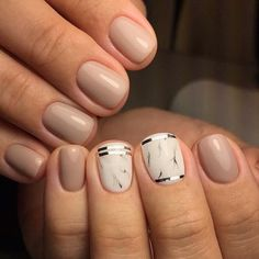 Accurate nails Beige and pastel nails Everyday nails Ideas for short nails Ideas of beige nails Marble nails Nail art stripes Office nails Nail Art Design Gallery, Best Nail Art Designs, Short Nail Designs, Fall Nail Designs, Acrylic Nail Designs, Beige Nails, Pastel Nails, Gold Nails, Office Nails
