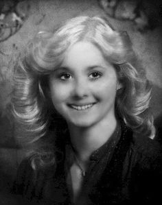Case of the Month: Michelle Martinko. There is DNA in Michelle's case. Police will not tell you where they found it but are convinced it is from the killer. Iowa, Criminal Profiling, True Crime Books, Missing Persons, Cold Case, Before Us, The Victim, Criminal Minds, Serial Killers