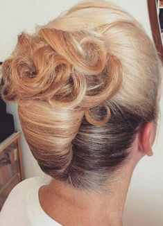 how-to-do-hair-in-a-classic-french-twist - Fab New Hairstyle 2 Haircuts For Long Hair, Elegant Hairstyles, Up Hairstyles, Hairstyle Ideas, Hair Ideas, Hot Haircuts, Evening Hairstyles, Summer Hairstyles, Hair Up Styles