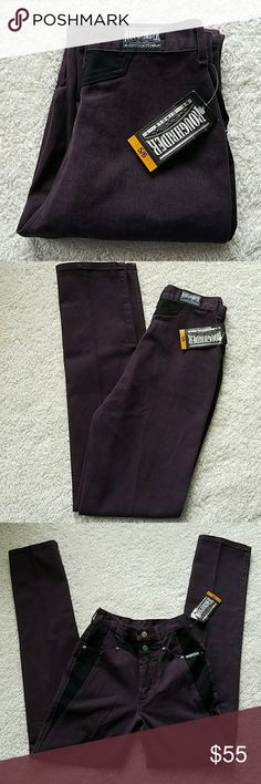 ROUGHRIDER JEANS ROUGHRIDER JEANS SIZE TAGGED: 5/6 MEASURED: W25 1/4 L36   RISE:12  HIPS:34 Roughrider Jeans Straight Leg