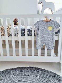 &SUUS | Sneak Peak Nursery | ensuus.blogspot.nl | Kidsroom Nursery Boysroom Baby | Lapin - Farg Form - Ferm Living - Studio Roof - Trojan Horse - Grey - Yellow |