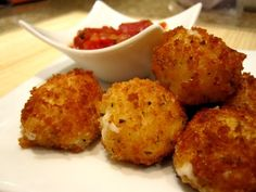 Fried Mozzarella Bites with Homemade Tomato Sauce