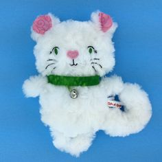 www.chicetrouge.com Rosettes, Hello Kitty, Creations, Chic, Fictional Characters, Plushies, Red, Shabby Chic, Fantasy Characters