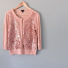 """LIKE NEW Talbots Blush Sequin Cardigan LIKE NEW Talbots Blush Pink Sequin Cardigan // retails for $139 // hidden front buttons // 60% cotton, 40% rayon // blush sequins in front panels // perfect to throw over that spring dress! // 18.5"""" across armpits / 23"""" length // sz M petite, but measurements are provided, in case it fits a regular medium // non-smoking home ........ 20% off 2+ Bundles // Same Day or Next Day Shipping!!  3.19.44 Talbots Sweaters Cardigans"""