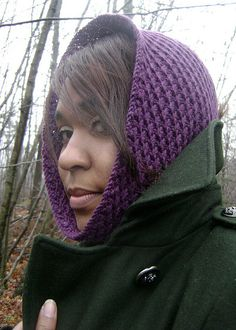 Free Pattern: The Wren Cowl by Heidi Marie Robinson