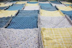 How to Make a Rag Quilt From Start to Finish Rag Quilt Instructions, Flannel Rag Quilts, Denim Quilts, Rag Quilt Patterns, Patriotic Quilts, Creation Couture, Easy Quilts, Quilt Tutorials, Quilt Making