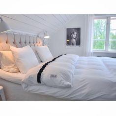 Bedlinen Beach House Duvet Cover Band Smoke @mariasvitabo Sängkläder med hotellkänsla från Beach House Company.